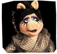 Miss Piggy for MAC. Swell swine.