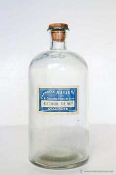 ANTIGUA BOTELLA DE ALCOHOL DE FARMACIA - 22 X 10 CM - El Desván de Bartleby C/.Niebla 37. Sevilla