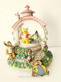 Winnie The Pooh Gazebo Snowglobe