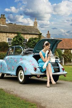 @GrahamandBrown's 1961 Morris Minor, wrapped in the wallpaper. She will be on show 21Sept at #TheClassicCarBootSale
