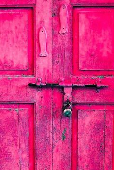 Doors, door knobs and door knockers are a great way to make a first impression to your home. They come in a variety styles and finishes. Pink Love, Pretty In Pink, Hot Pink, Bright Pink, Bright Colors, Spa Colors, Pink Color, Knobs And Knockers, Door Knobs