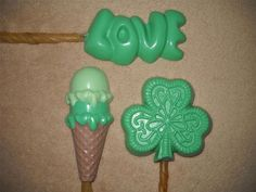 1 Chocolate Dog Safe Clover Shamrock st patricks day Rawhide Lollipop Lollipops #CastleRockChocolatier
