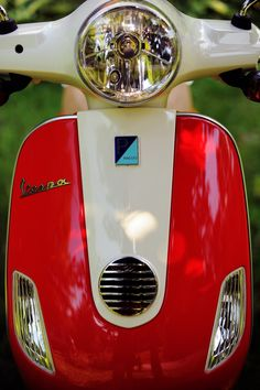 Red and White Vespa Red Vespa, Vespa Scooters, Fiat 500, Red And White, My Style, Car, 4 Wheelers, Vespas, Automobile