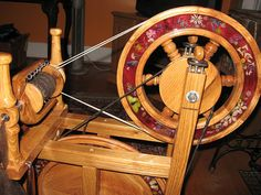 Oh I found *my* spinning wheel! Herbs and flowers IN the wheels! Black Locust Spinning Wheel by Betty Roberts Spinning Wool, Spinning Wheels, Hand Spinning, Spin Me Right Round, Off Grid House, Weaving Tools, Drop Spindle, Fiber Art, Old Things