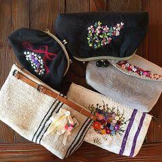 -2017/03/10 이번엔 자수없이 심플하게 만들어 코사지나 브로치로 변화주기 오래전에 사뒀던  앤틱 햄프린넨 맘에 든다 ~ 👛 . . . . . By Alley's home #embroidery#knitting#crochet#crossstitch#homemade#homedecor#needlework#antique#vintage#flower#silkribbonembroidery#프랑스자수#진해프랑스자수#창원프랑스자수#마산프랑스자수#리본자수#꽃자수#자수타그램#실크리본자수#창원프랑스자수_앨리의프랑스자수리본자수#진해프랑스자수_앨리의프랑스자수리본자수#앨리의프랑스자수#자수소품#손자수#리본자수수업#꽃다발자수#창원프랑스자수수업#자수클러치#햄프린넨클러치백#자수파우치