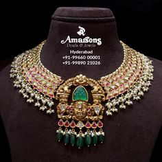 Indian Jewelry Sets, Royal Jewelry, Bridal Jewelry Sets, Bridal Jewellery, Jewelry Design Earrings, Gold Jewellery Design, Necklace Designs, Bead Jewellery, Temple Jewellery