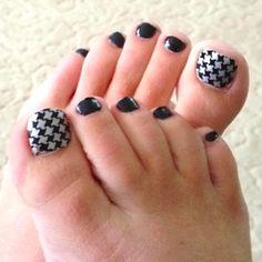Toe nails, just finished. Love 'em.!