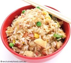 Make Easy Chinese Fried Rice Stir Fry Dishes, Rice Dishes, Side Recipes, Easy Healthy Recipes, Savoury Recipes, Rice Menu, Dinner Is Served, Fried Rice, Cooking Recipes