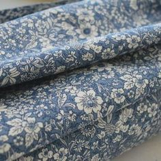 Show more information on Poplin Prints - Caroline- Delph Fabric Online Uk, Shirting Fabric, Dressmaking Fabric, Sewing Hacks, Sewing Tips, Chair Upholstery, Cotton Linen, Cotton Dresses, Tejidos