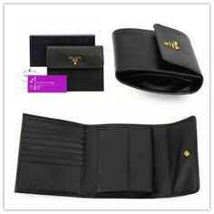 #PRADA #wallet IM0170 black colour saffiano leather gold hardware brandnew conditions ref.code-(KCKU-3)