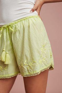 Slide View: 2: Dana Textured Shorts