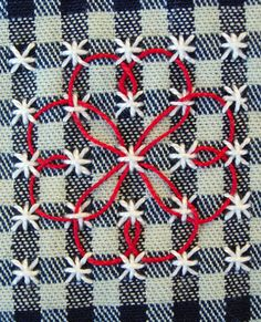 Broderie Suisse / Swiss Embroidery / Chicken Scratch - Stitch Image - Flower