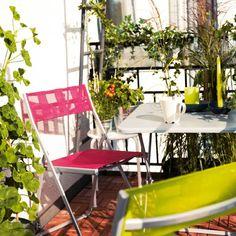 ensemble de table et chaises pliantes en métal par Ikea