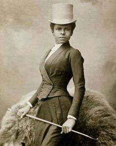 "collective-history: "" Equestrian Selika Lazevski in riding habit, by Felix Nadar "" Vintage Black Glamour, Vintage Beauty, Victorian Women, Victorian Era, Victorian Photos, Victorian History, Victorian Portraits, Victorian Fashion, Victorian Clothing Women"
