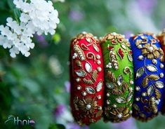 6 Unique Jewellery Styles To Flaunt At Your Mehendi Ceremony 6 Unique Jewellery Styles To Flaunt At Your Mehendi Ceremony!- Colourful gotta patti bangles is your Function Planning Resource, FunctionMania features Best vendors, True stories, ideas and Silk Thread Bangles Design, Silk Thread Necklace, Silk Bangles, Bridal Bangles, Thread Jewellery, Bridal Jewelry, Beaded Jewelry, Weird Jewelry, Unique Jewelry