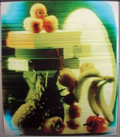 mick farrell and cliff haynes have collaborated to create 'straw camera', an analogue machine that produces fragmented images which hark back to the pointillism movement. 1 Gif, Experimental Photography, Pointillism, Lomography, Unique Image, Camera Lens, Love Art, Making Out, Drinking