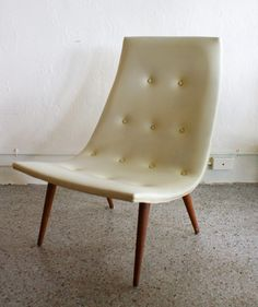 Mid Century Modern / love this cream tufted chair from etsy's thevintagesupplyco.