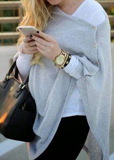Image via We Heart It #black #fashion #outfits #ponchos #súeter