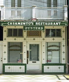 Best Seafood Restaurants Around the World: Casamento's