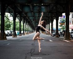 22 Incredible Photos Of Ballerinas In Urban Cityscapes Of New York City (photos by Luis Pons): Eve Marinelli, 215th street stop on 1 train.