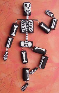 Crack of Dawn Crafts: Halloween Craft: Cork Skeleton