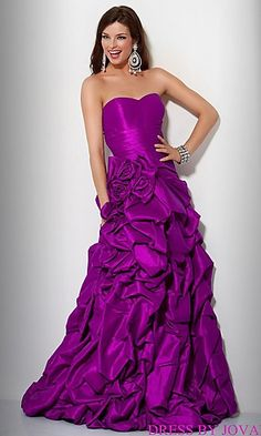 Gorgeous purple dress!