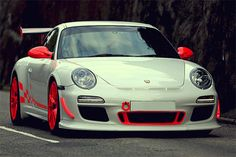 My favourite car ever. Porsche 911 GT3 RS 4.0