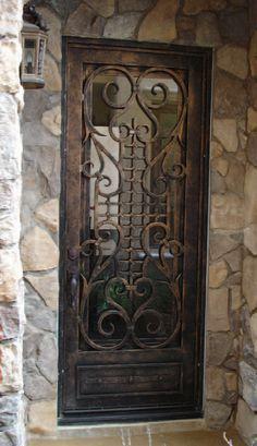 door with iron design. Love this organic design. ♥ #bluedivagal, bluedivadesigns.