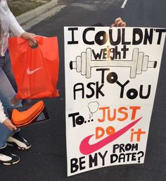 When your man love to Work out & Nike is his favorite, Do a simple Promposal like this :)
