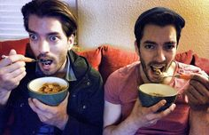 Another BIRTHDAY is here! What better than an early morning bowl of cereal with @MrSilverScott to celebrate...it's the simple things:) This year has been a busy one. @PropertyBrothers has reached over 80 countries, our production company Scott Brothers Entertainment has green lit several new shows..and still managed to help 52 new families into their dream homes. We couldn't have done it without you! #THANKYOU to all of YOU for your continued support!!
