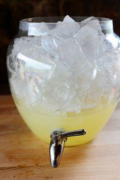 Homemade Lemonade by Ree Drummond / The Pioneer Woman, via Flickr