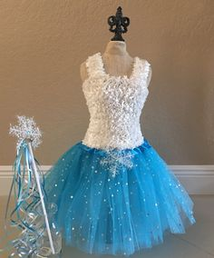Frozen Tutu, Elsa Costume, Tutu de flocon de neige, Elsa Dress, Frozen Tutu Dress, Elsa Frozen robe, Frozen Party Favors, ELSA Robe tutu, tutu