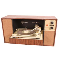 Vintage Stereo Cabinet Quot Had Integrated Speakers A