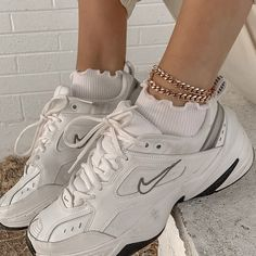 Dr Shoes, Swag Shoes, Hype Shoes, Me Too Shoes, Shoes Heels, Nike Dad Shoes, Shoes Jordans, Vans Sneakers, Sneakers Fashion