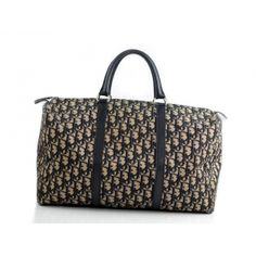 Vintage Dior classic monogram travel bag - Boston model from the 80's. I love it and it is not even practical!