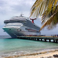 We have seven ways to survive your first cruise together as a couple. Read and learn some tricks.