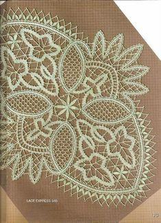 Los dos, foto y picado - Choni Encajeras - Picasa Albums Web Romanian Lace, Bobbin Lacemaking, Bobbin Lace Patterns, Point Lace, Needle Lace, Antique Lace, String Art, Doilies, Needlework