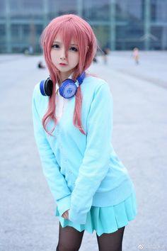 Browse Daily Anime / Manga photos and news and join a community of anime lovers! Cosplay Kawaii, Anime Cosplay Girls, Cute Cosplay, Best Cosplay, Anime Costumes, Cosplay Costumes, Cute Asian Girls, Cute Girls, Cute Kawaii Girl
