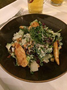 Ceasar salad  im Gutshof Menterschwaige in München. Lust Restaurants zu testen und Bewirtungskosten zurück erstatten lassen? https://www.testando.de/so-funktionierts
