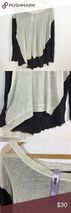 Wilt gray colorblock long sleeve tee Wilt size large. Charcoal gray sleeves and back, light gray front. Super lightweight, asymmetric hem. Wilt Tops Tees - Long Sleeve