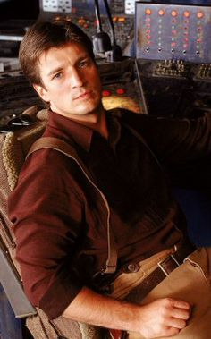 Nathan Fillion as Captain Malcolm Reynolds Huge Fan - Space Cowboys Nathan Fillon, Malcolm Reynolds, Firefly Serenity, Sci Fi Books, Good Looking Men, Gorgeous Men, Sexy Men, Hot Men, Actors & Actresses