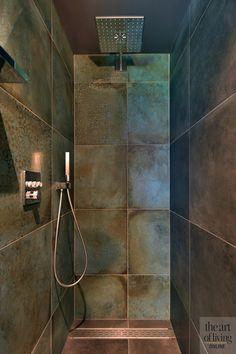 Küchen Design, House Design, Walk In Shower, Wall Wallpaper, Bathroom Interior, Interior And Exterior, Tiles, Bathtub, Cottage