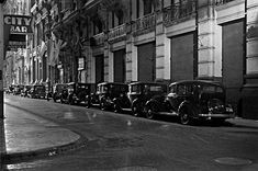 Grete Stern, Street View, Black And White, The Originals, Film, Tango, Nocturne, Antique Photos, Street