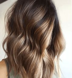 Balayage - Formula A (base): Redken Shades EQ 4N + Processing Solution Formula B (balayage): Wella Professionals BLONDOR FREELIGHTS + 30-volume developer Formula C: Wella Color Touch 2 oz. 9/73 + ½ oz. 8/73