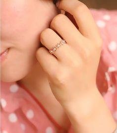 016 Retro delicate little flower ring