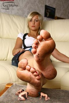 Giantess Foot Massage Hot Girls Wallpaper