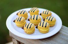 Bumble Bee Macarons!