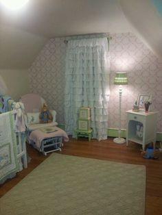 Baby Girl Emmerson's room. Peter Rabbit:  )