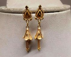 Gold Earrings Designs, Gold Jewellery Design, Necklace Designs, Ring Designs, Baby Jewelry, Wedding Jewelry, Jewelers Workbench, Black Gold Chain, Shiva Wallpaper