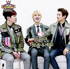 Taemin (SHINee) just likes Onew's thighs. (.gif set). I love how Onew laughs and points like it's so absurd